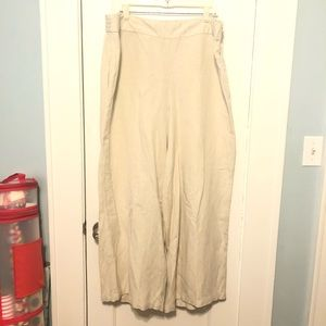 Cruise worthy linen pants from Lane Bryant